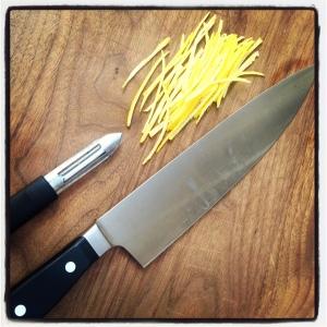 cutting lemon julienne