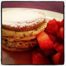 Millefoglie with Soft Pastry Cream and Chocolate